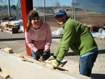 gillian-and-kari-removing-form-work-from-a-concrete-bench.jpg